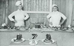 """Zdjęcie z """"Kuchni futurystycznej"""" Filippo Tommaso Marinettiego, Mediolan, Sonzogno, 1932, Wikimedia"""
