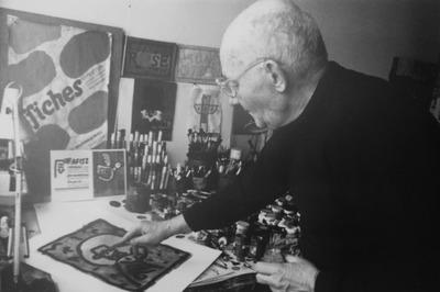 Jan Młodożeniec w trakcie procesu twórczego